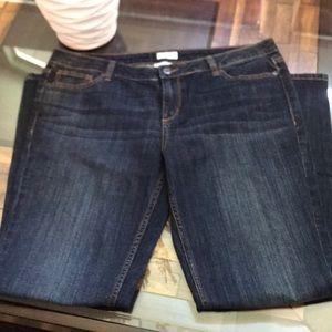 Liz Claiborne city fit straight jeans!